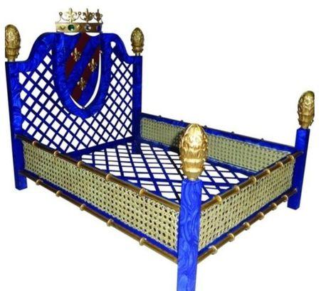 Art Deco Crown Dog Bed
