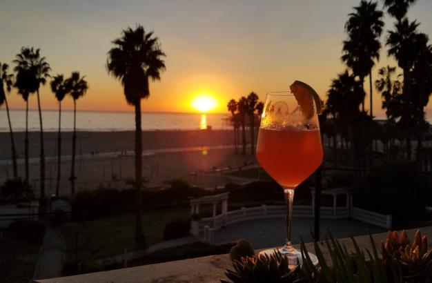 Cali Sunset cocktail