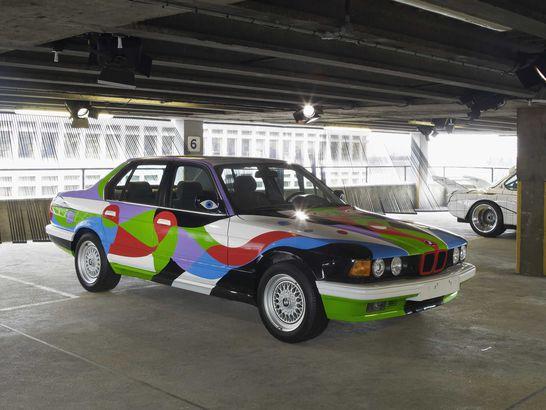 BMW art car designed by Cesar Manriquw