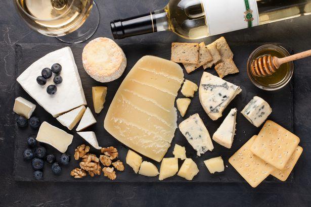 Cheese sampling platter