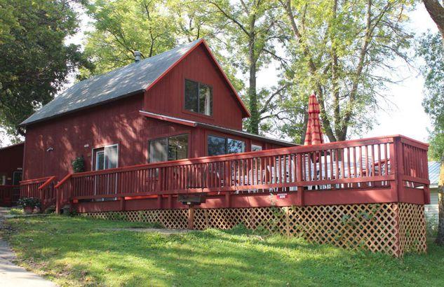 Iowa: Fillenwarth Beach Resort's Cottage Colony