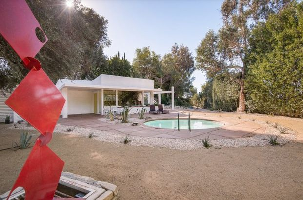 Frank Sinatra's guest house