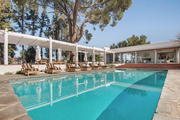 Frank Sinatra's estate pool