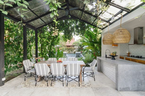 Outdoor dining space and kitchen