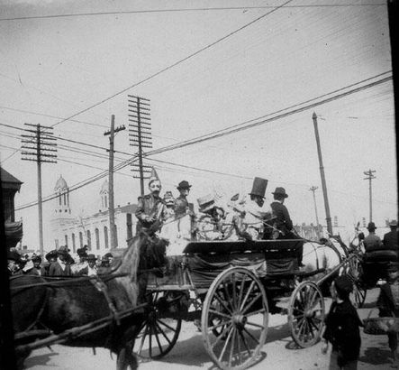 Krewe of Rex on St. Charles Ave. in 1901