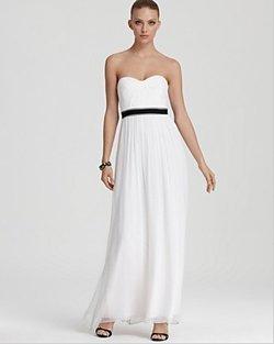 Cheap wedding dresses finding a dress under 500 cheapism bloomingdales wedding dresses junglespirit Images