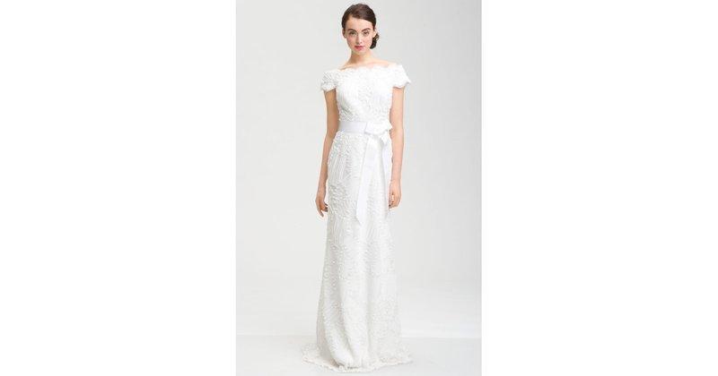 Finding A Dress Under $500