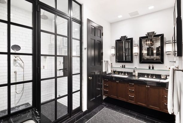 Neil Patrick Harris' bathroom