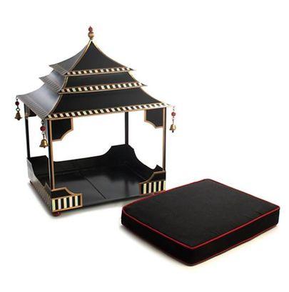 Pagoda Pet Bed