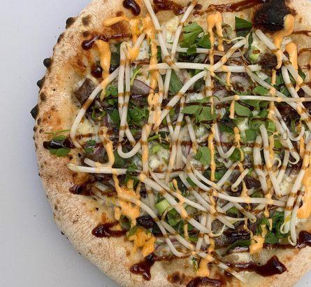 Pho pizza