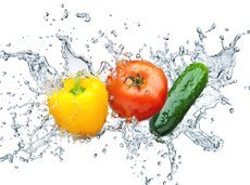 062317_top_hydrating_foods_slide_0_fs