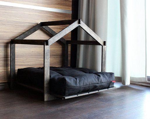 Skeleton Dog Lounge