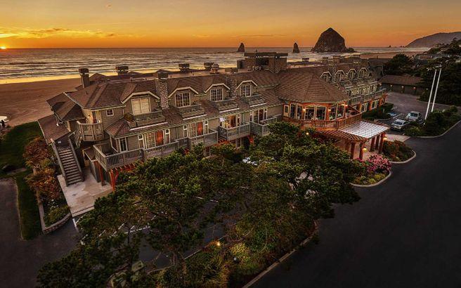 Stephanie Inn Hotel (Cannon Beach, Oregon)