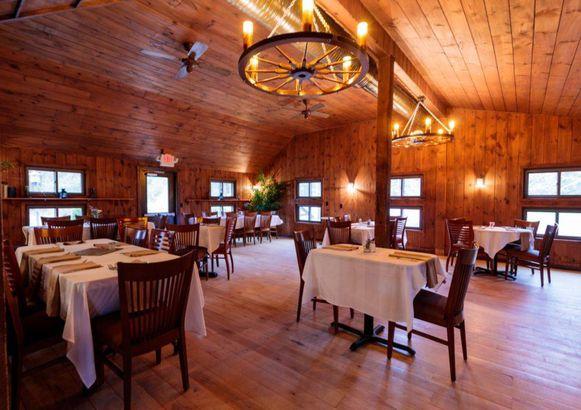 Rhode Island: Tamarack Lodge & Indie Glamping Resort