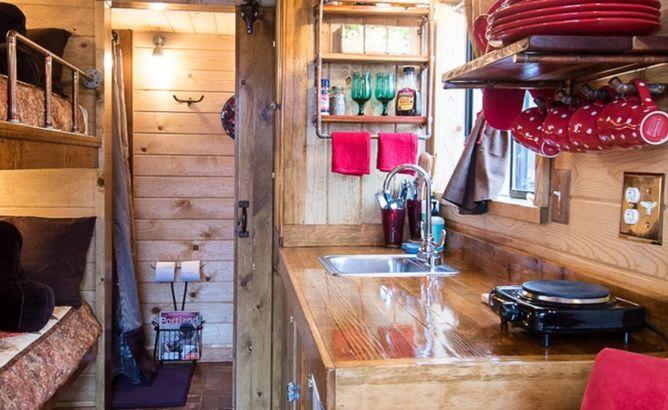 Oregon: Caravan - The Tiny House Hotel