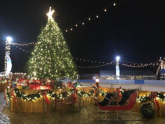 Columbia Falls Christmas Parade Bigfork Christmas Parade 2021 The Best Christmas Towns In America Cheapism Com
